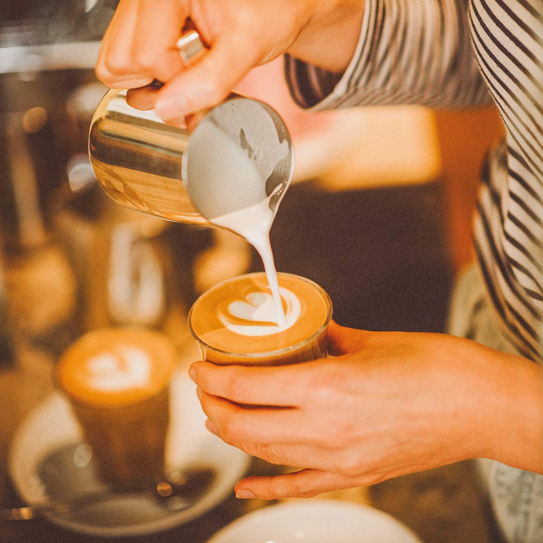 roestbar-zuhause-kaffeehäuser-bohlweg-detail1